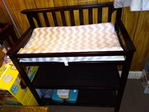 GRACO Brown Wooden Changing Table in Leesville, Louisiana