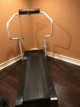 Lifestyler 8.0 Treadmill in Glendale Heights, Illinois