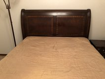 Bed frame (Queen size) in Okinawa, Japan