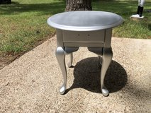 Small table in Spring, Texas