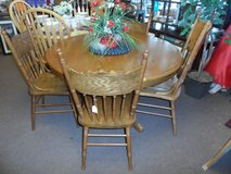 OAK ROUND DINING TABLE WITH 4 CHAIRS in Cherry Point, North Carolina