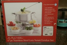 New Fondue Set in Pearland, Texas