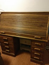 Solid Wood Roll top Desk in Fort Bliss, Texas