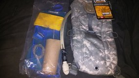 Camelbak ThermoBak Hydration Pack w/ Cleaning Kit in 29 Palms, California