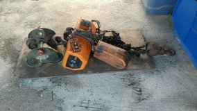 Jet 2 ton electric chain hoist with manual trolley ! (manufactured by Hitachi) in Spring, Texas