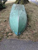 12' boat in Fort Lewis, Washington