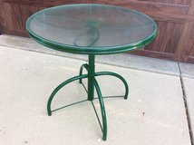 Patio Table - Great condition! in Naperville, Illinois