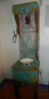 Beautiful Rustic Wash Stand and bowl in Alamogordo, New Mexico