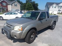 20004 Nissan Frontier in excellent condition in Hinesville, Georgia
