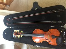 4/4 Violin, two bows, chinrest, hard case in Houston, Texas