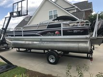 2015 Suntracker DLX 20 Fishin Barge in Warner Robins, Georgia