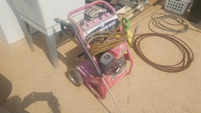2200PSI power washer in 29 Palms, California