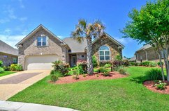 Minutes from Mayfaire and Wrightsville Beach! in Wilmington, North Carolina