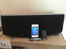 SONY RDP-XA900IP Sound Dock in Chicago, Illinois