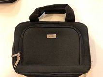 Excellent Condition - Hanging Toiletry Bag - Personal Organizer in Okinawa, Japan