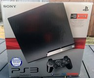 DUAL VOLTAGE PLAYSTATION PS3 GAMING SYSTEM in Lakenheath, UK