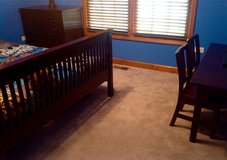 Bedroom furniture set (PRICE REDUCED) in Chicago, Illinois