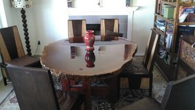 Amazing Solid Tree Trunk Dinning Table W 6 Solid Chairs / Bison Leather Cushions in Silverdale, Washington