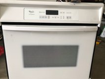 whirlpool 30 in wall oven (electric) in Hemet, California
