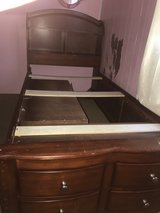 Twin size bed in Baytown, Texas