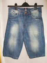 Mens 3/4 Trousers / Shorts size 30 by Blue Inc in Lakenheath, UK