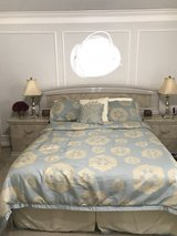 Queen/Kings size 7 pieces bedroom set in Kingwood, Texas