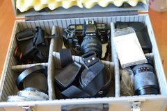 Minolta Maxxum 35mm kit, multiple lenses and flashes, case, filters etc in Yucca Valley, California