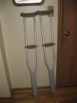Adjustable crutches in St. Charles, Illinois