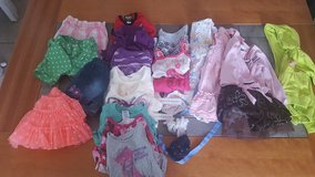 2T Girls Clothes in Chicago, Illinois