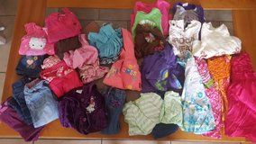 24 Month Girl Clothes in Aurora, Illinois