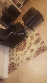 Small Rug (NEARLY BRAND NEW) in Pearland, Texas