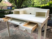 : ) White Wood Desk w/ Topper >>> Very Nice !!! in Naperville, Illinois