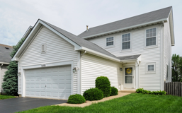 Home for Sale-just move in! Reduced for YOU! in Naperville, Illinois