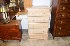 Nice Chest of Drawers in Fort Lewis, Washington