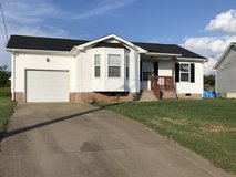 Rent to Own - Lovely 3 Bed 2 Bath Home Across From Ft Campbell Base in Fort Campbell, Kentucky