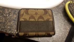 coach wallet in Fort Polk, Louisiana