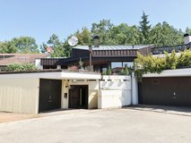 2.800 ft²  big house with swimming pool, open fireplace and garden in Boeblingen in Stuttgart, GE