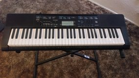 Casio Keyboard PERFECT For Beginners - Comes With FREE Teach Yourself to Play Book in Yucca Valley, California