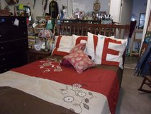Wooden Queen Size Bed Set in Fort Riley, Kansas