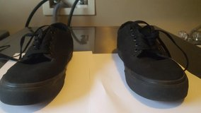 Vans era mens size 8 In almost perfect condition in Lockport, Illinois