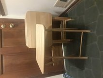 Strong Maple folding tv tables with stand in Glendale Heights, Illinois