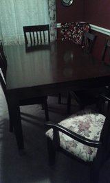 dining room table & 6 chairs in Byron, Georgia