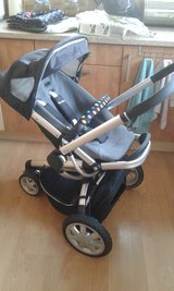 Quinny buzz black pushchair stroller and accessories in Lakenheath, UK
