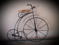 Metal Bicycle wall hanging! in Chicago, Illinois