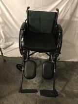 Wheelchair - used very good condition in Fort Leavenworth, Kansas