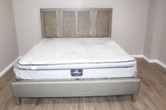 Gorgeous king Size wood bed and mattress included in Spring, Texas