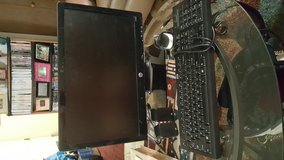 HP monitor keyboard speakers and wires no modem in Fort Carson, Colorado