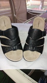 WOMEN'S CROFT & BARROW BLACK SANDALS / SHOES SIZE 9 in Yorkville, Illinois