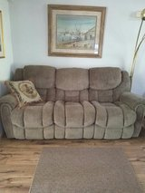 Recliner couch in Beaufort, South Carolina