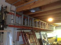 Extension ladders in Chicago, Illinois
